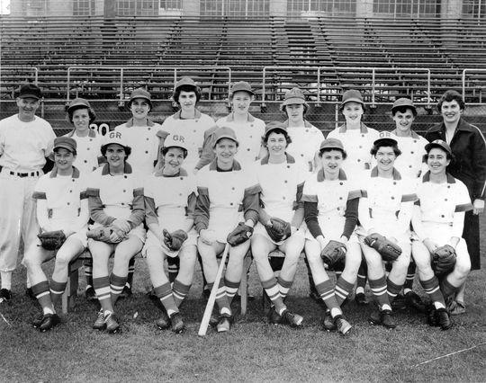The 1953 Grand Rapid Chicks. BL-2618.96 (National Baseball Hall of Fame Library)