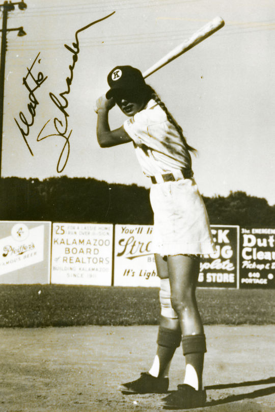 Dottie Schroeder of the Kalamazoo Lassies. BL-2898.98 (National Baseball Hall of Fame Library)