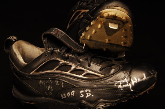 Shoes worn by New York Mets' Rickey Henderson when he stole his 1300th career base on April 27, 1999, against the San Diego Padres, in the 3rd inning. B-287-99 (Milo Stewart Jr. / National Baseball Hall of Fame)