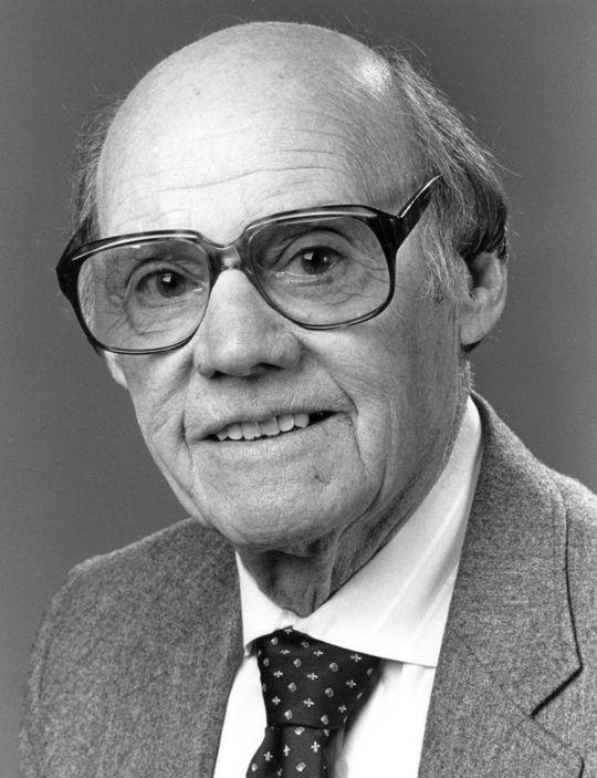 1988 J.G. Taylor Spink Award Winner Bob Hunter (National Baseball Hall of Fame Library)
