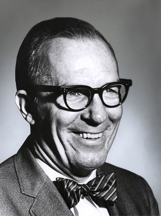 1979 J.G. Taylor Spink Award Winner Bob Broeg - BL-1035-78 (National Baseball Hall of Fame Library)
