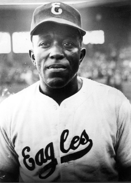 In 1935, Leon Day joined the Newark (then Brooklyn) Eagles, where he quickly became an All-Star starting pitcher. (National Baseball Hall of Fame and Museum)