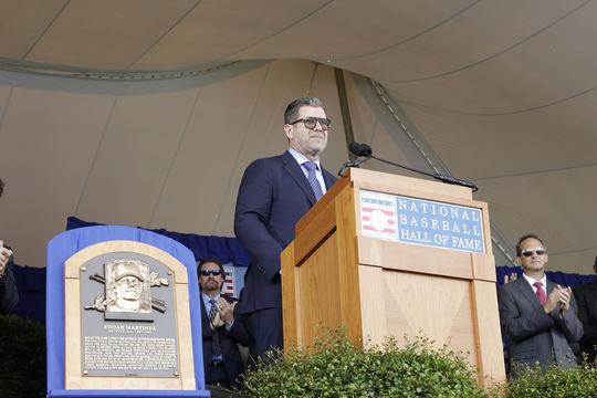 Edgar Martinez delivers his speech during the 2019 Hall of Fame <em>Induction Ceremony.</em> (Milo Stewart Jr./National Baseball Hall of Fame and Museum)