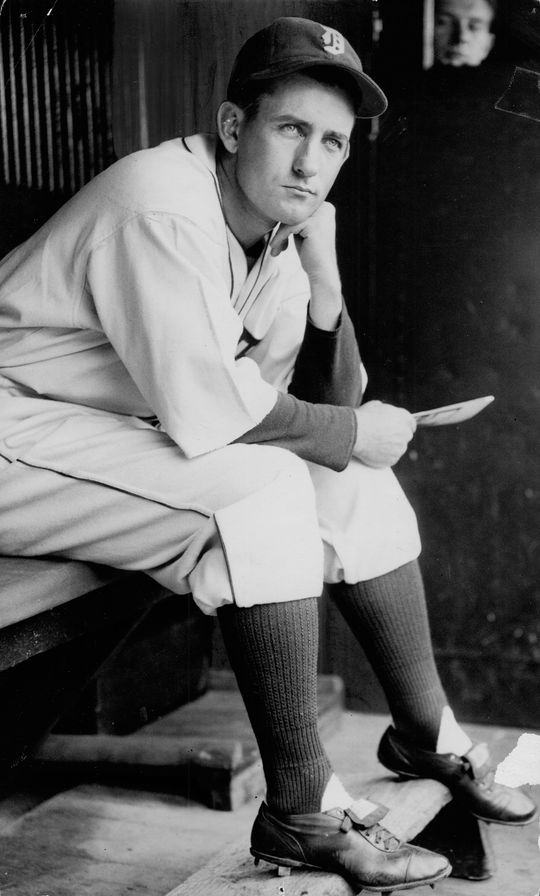 Charlie Gehringer led the American League with a .371 batting average in 1937 en route to winning the AL MVP Award. (National Baseball Hall of Fame and Museum)