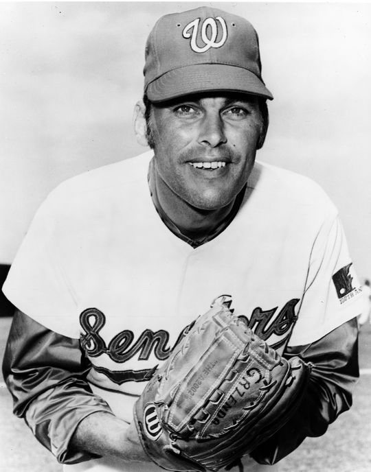 Joe Grzenda was acquired by the Senators in the spring of 1970 and went on to become the team's most effective reliever in 1971. (National Baseball Hall of Fame and Museum)