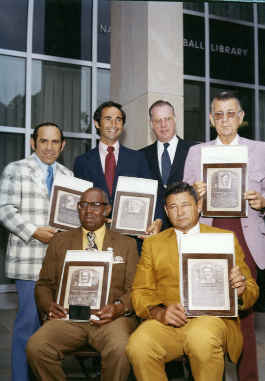 A picture of the Hall of Fame Class of 1972 members present for their induction on August 7, 1972. Top row (l to r): Yogi Berra, Sandy Koufax, Commissioner Bowie Kuhn, Lefty Gomez; bottom row (l to r): Buck Leonard, Early Wynn. (National Baseball Hall of Fame and Museum)