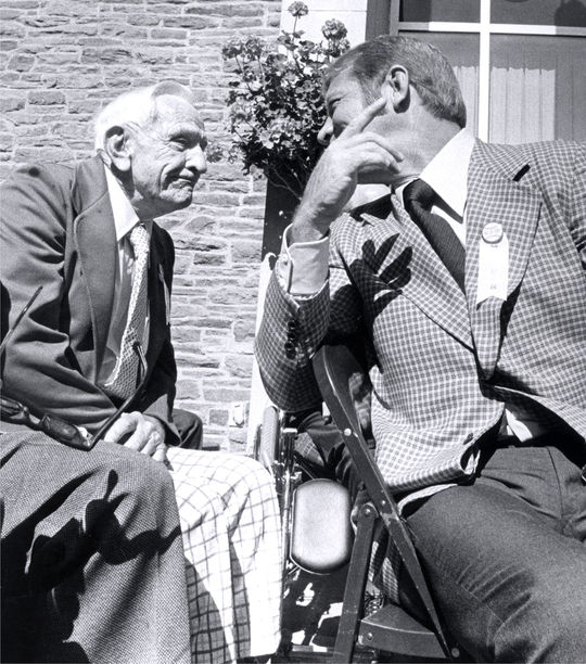 The 1950s Yankees reunited in Cooperstown during Hall of Fame Weekend 1974, when Mickey Mantle (pictured above, to the right) and Whitey Ford were inducted. Pictured above, Mantle speaks with his former Yankees manager, Casey Stengel. (National Baseball Hall of Fame and Museum)