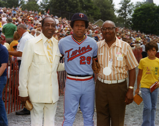 Negro Leaguers Cool Papa Bell and Judy Johnson with Minnesota Twins Rod Carew.  All three would be inducted into the Baseball Hall of Fame. (National Baseball Hall of Fame Library)