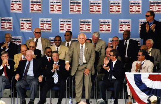 Hall of Famer Harmon Killebrew acknowledges the crowd during the 2004 Hall of Fame Induction Ceremony in Cooperstown. (National Baseball Hall of Fame Library)