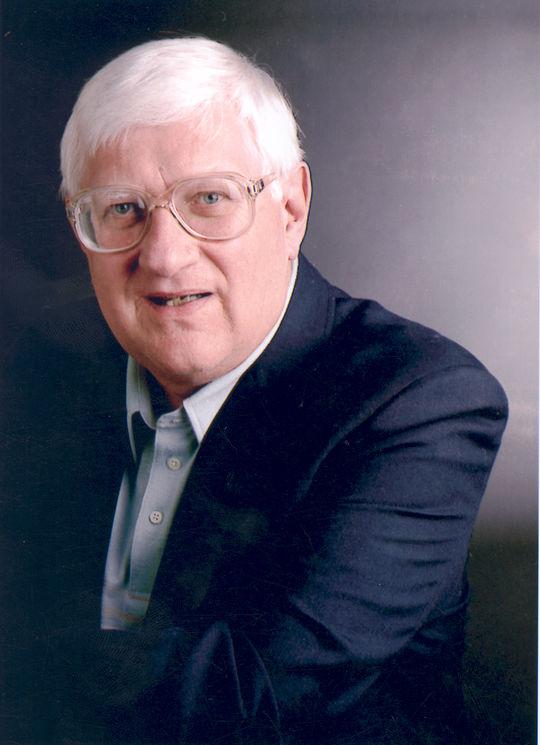 2001 J.G. Taylor Spink Award Winner Joe Falls (National Baseball Hall of Fame Library)