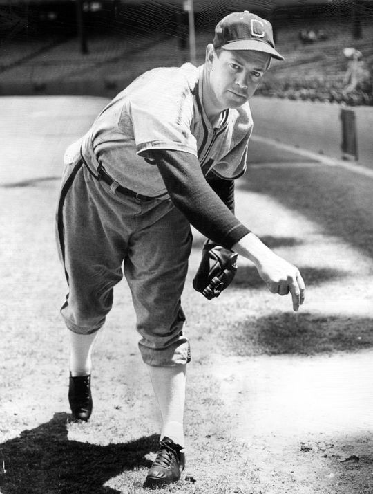 Ted Lyons led the American League in wins in 1925 (21) and in 1927 (22). (National Baseball Hall of Fame)
