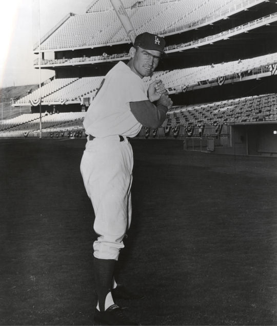 Posed batting of Los Angeles Dodgers Wally Moon. BL-5560.71b (National Baseball Hall of Fame Library)