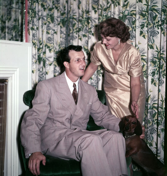 Stan Musial married his wife, Lillian, in 1940. They had four children: Dickie, Gerry, Janet and Jean. (Look Magazine/National Baseball Hall of Fame and Museum)