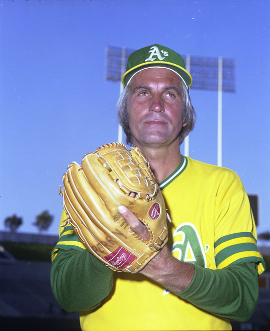 Jim Perry finished his career with the Oakland Athletics in 1975, where he appeared in 15 games before drawing his release that August. (Doug McWilliams / National Baseball Hall of Fame)