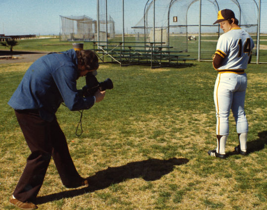Doug McWilliams photographing David Freisleben of the San Diego Padres at spring training in Yuma, Arizona, ca. 1975. Photograph by Andy Strasberg, a friend of McWilliams, who also worked in the Padres front office. (National Baseball Hall of Fame Library)