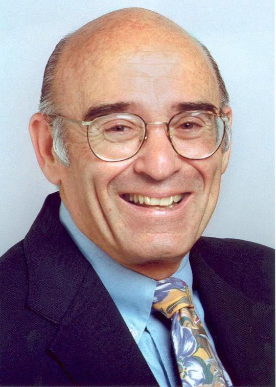 2000 J.G. Taylor Spink Award Winner Ross Newhan (National Baseball Hall of Fame Library)