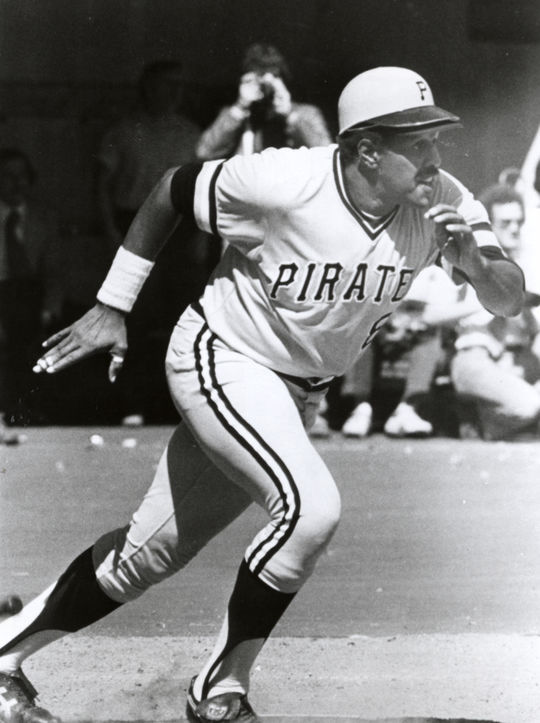 Willie Stargell of the Pittsburgh Pirates running the bases. BL-3227-80 (National Baseball Hall of Fame Library)
