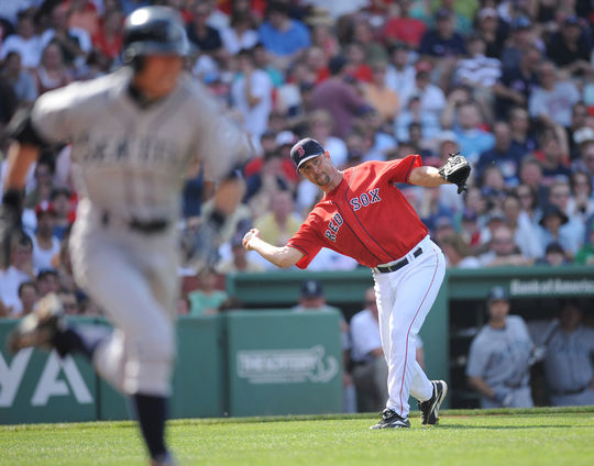 Tim Wakefield of the Boston Red Sox fields a ball while pitching against the Mariners on June 7, 2008. (Boston Red Sox / National Baseball Hall of Fame)