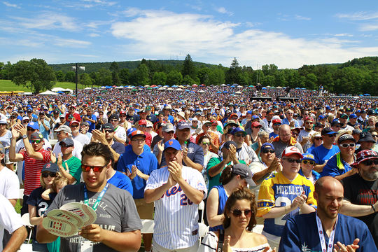 It is estimated that a crowd of about 50,000 people, tied for the second largest in Induction history, was present at today's <em> Induction Ceremony</em>. (Larry Brunt / National Baseball Hall of Fame)