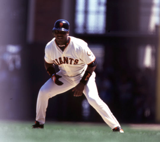 Barry Bonds of the San Francisco Giants running the bases. - BL-1698-2001 (Brad Mangin/National Baseball Hall of Fame Library)