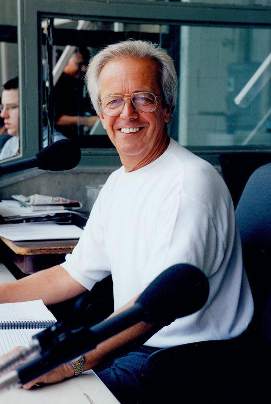 2000 Ford C. Frick Award Winner Marty Brennaman - BL-2092-2000 (National Baseball Hall of Fame Library)