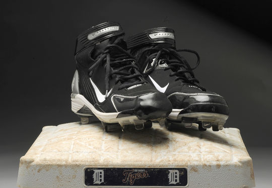 Shoes worn by Armando Galarraga, Detroit Tigers, in his near perfect game, June 2, 2010 - B-115-2010. First base from the same game - B-116-2010 (Milo Stewart Jr./National Baseball Hall of Fame)