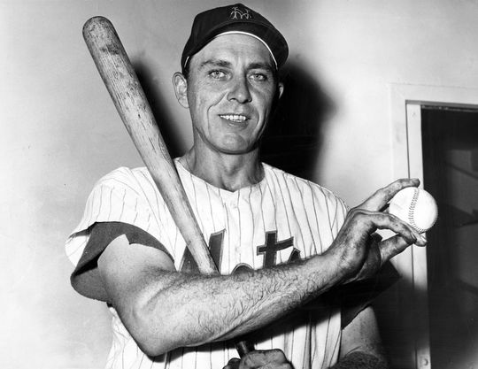 Gil Hodges of the New York Mets holding ball after his 370th home run - BL-2275-68WT2b (National Baseball Hall of Fame Library)
