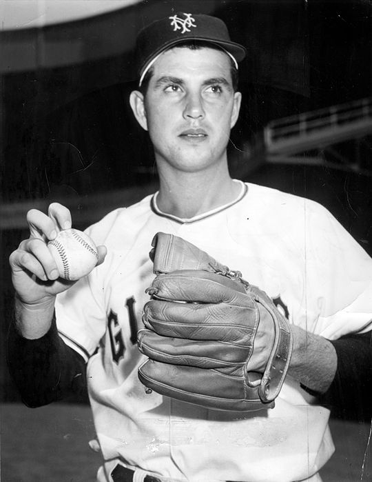 Hoyt Wilhelm of the New York Giants with a knuckleball grip - BL-3911-68WTx (National Baseball Hall of Fame Library)