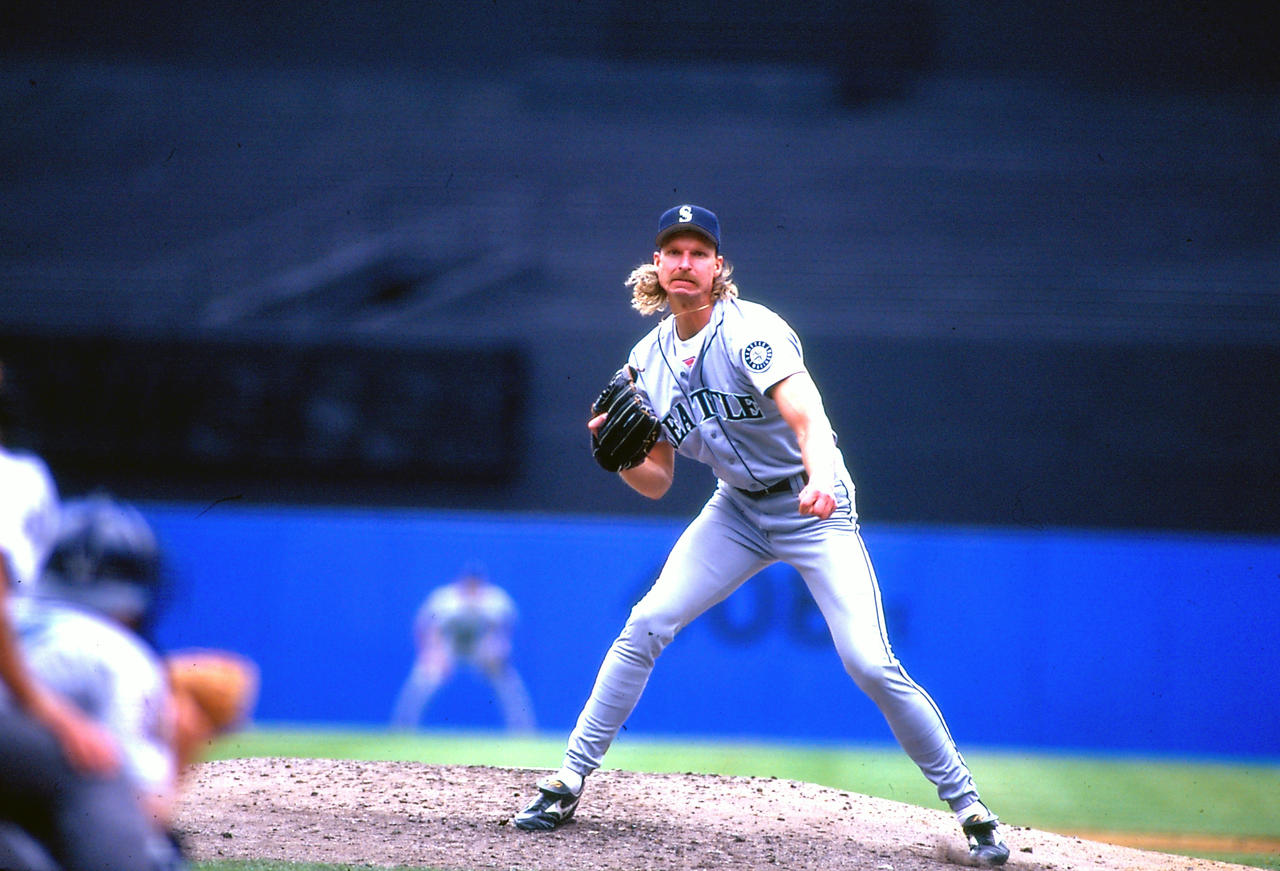 Randy Johnson throws first Mariners' no-hitter