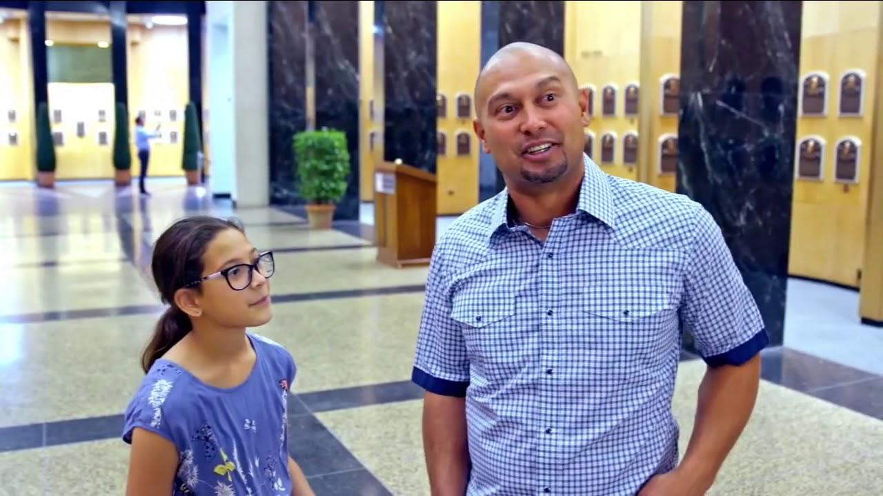 Shane Victorino visits Cooperstown